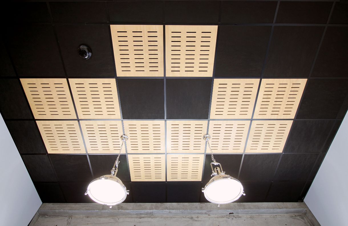 Ceiling tile grid system