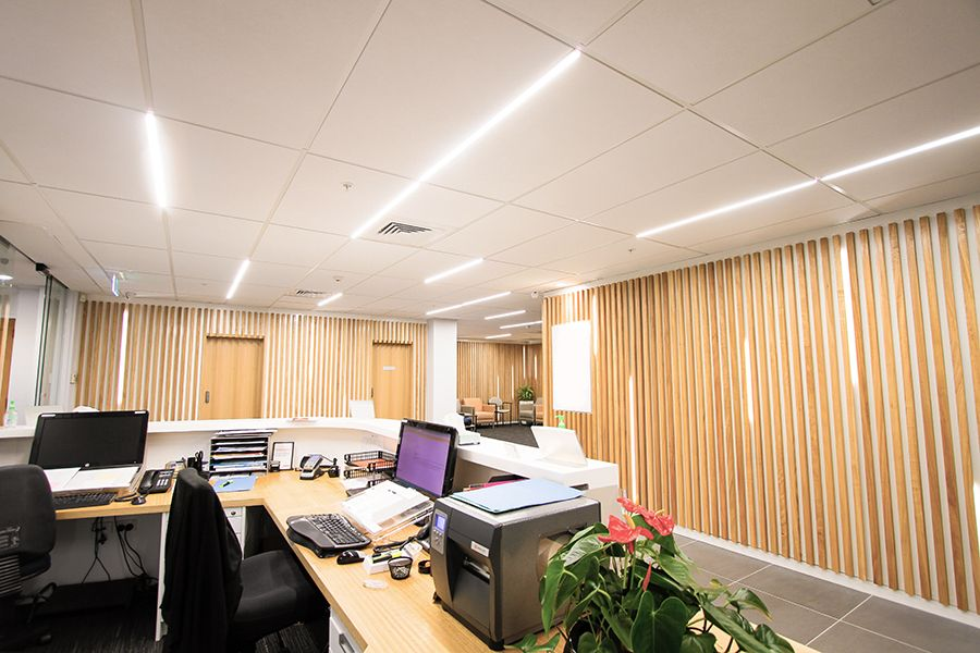 Ceiling with Daiken Harmony, CBI grid and Gridlux